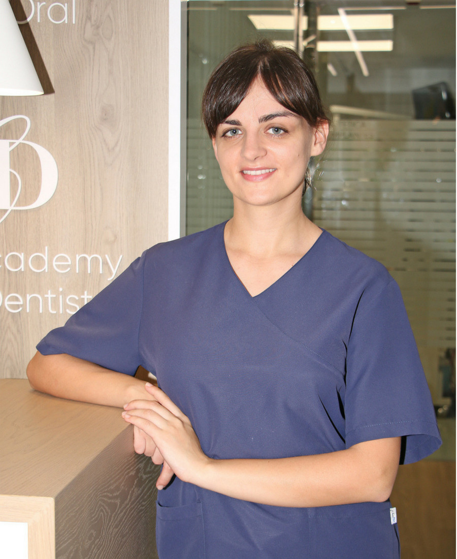 Emilia Jasiuk Dr Ruiz Villandiego Servicio de Odontologia y Estomatologia Hospital Quiron Donostia San Sebastian